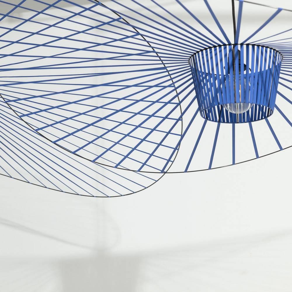 Détail suspension Vertigo cobalt - Constance Guisset pour Petite Friture