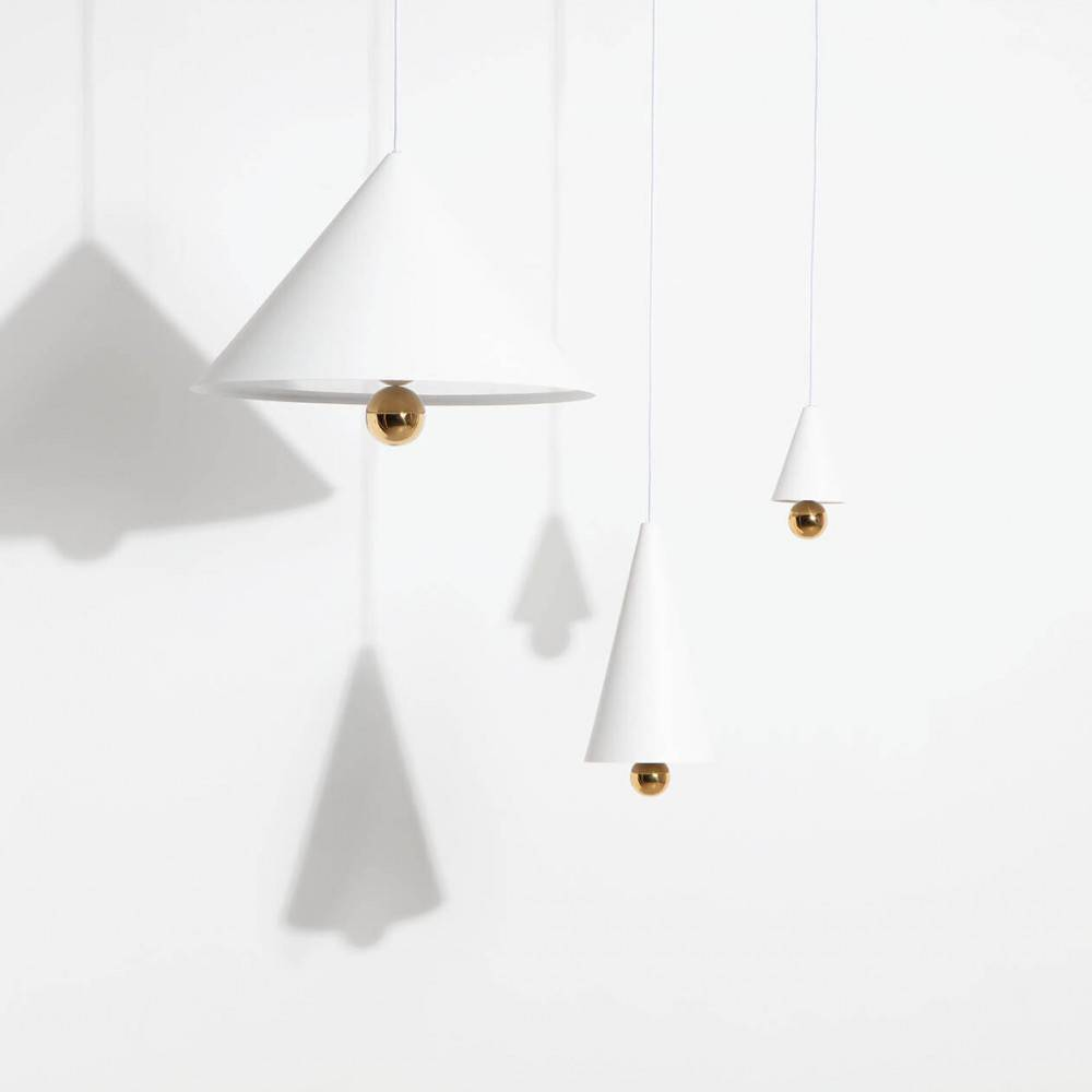 Suspensions-Cherry-LED-blanc-vue-ensemble-Petite-Friture