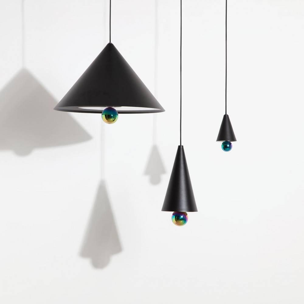 Suspensions-Cherry-LED-noir-vue-ensemble-Petite-Friture